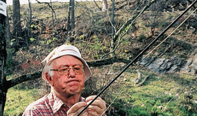 bernie-sanders-fishing