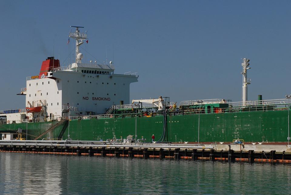 ship-718016_960_720