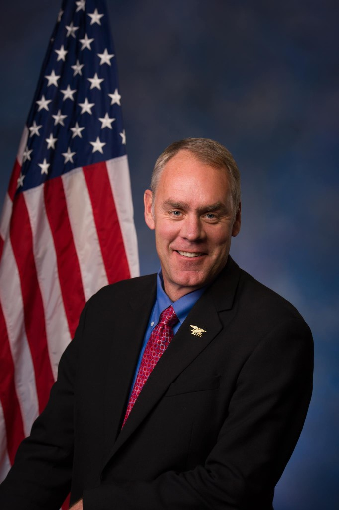 Ryan_Zinke_official_congressional_photo